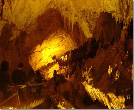 cueva-grecia.jpg
