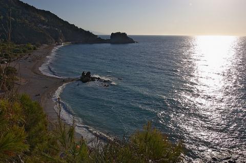 grecia-verano-turistas.jpg